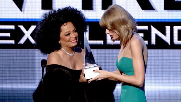 Diana Ros and Taylor Swift at AMAs