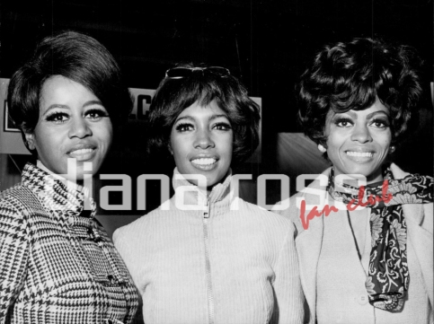 Diana Ross & The Supremes in a press conference in London (1968)