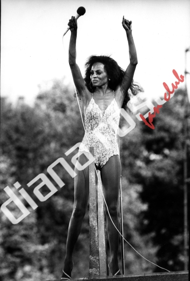 Diana Ross live in Central Park in 1983